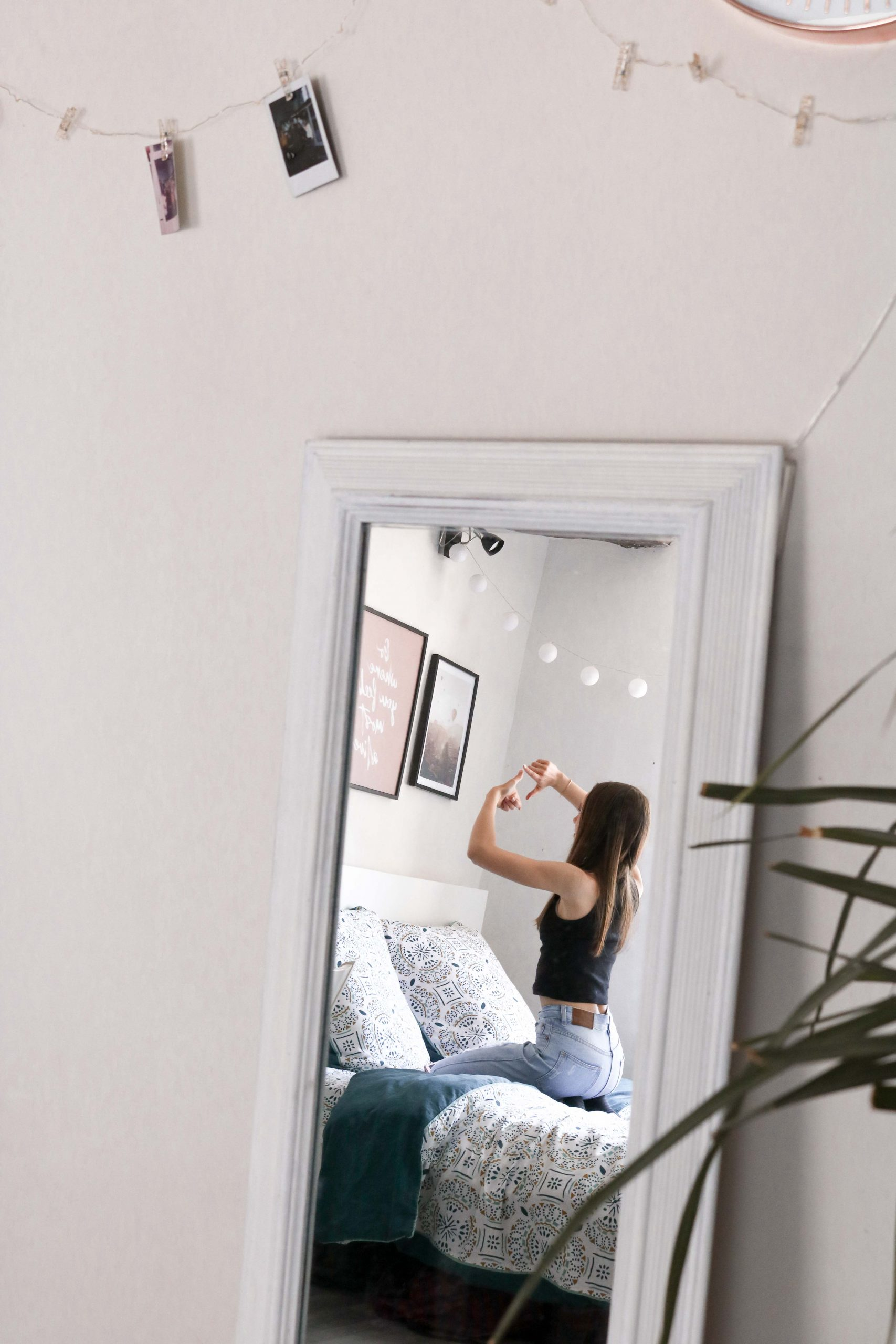 Jolie décoration pour la chambre - miroirs