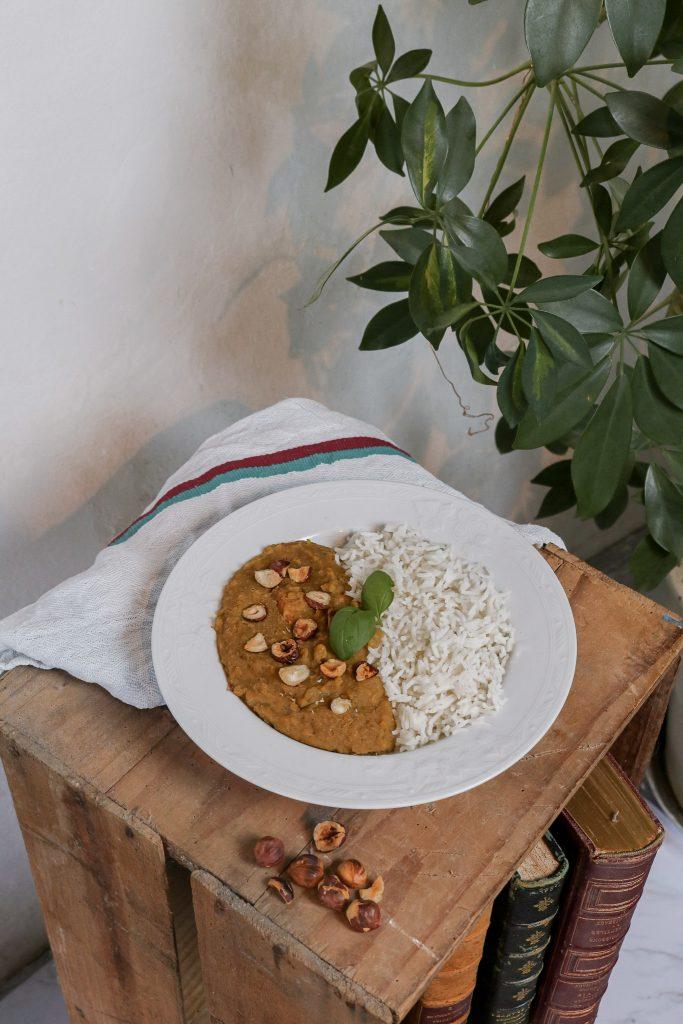 plat végétarien indien dahl de lentilles corail
